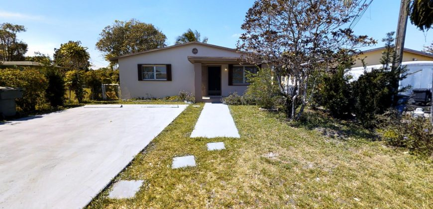 Single Family 409 NW 5 Terr